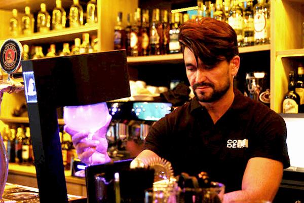 diego-gomez-code-bar-lounge-bilbao-restaurante-restaurant-3 copia