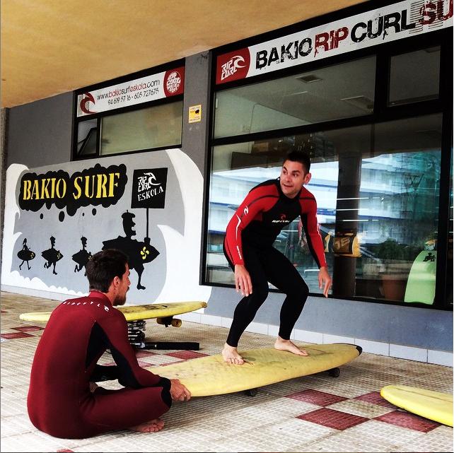 bakio surf eskola
