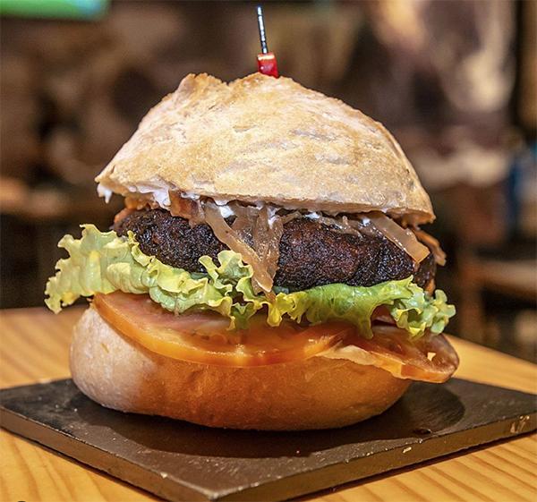 hamburguesas para meses bilbao Pub k2