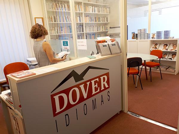 recepción de Dover escuela de idiomas de Bilbao