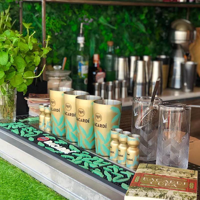 Cocktails y Mojitos en El Cargadero