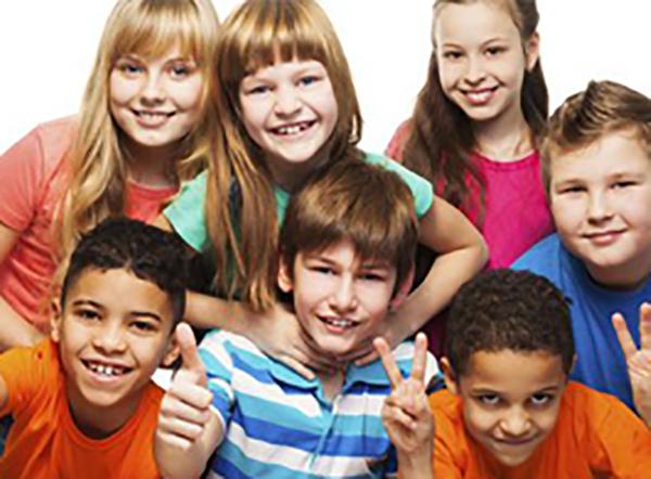 Los niños de la academia Treland en Las Arenas